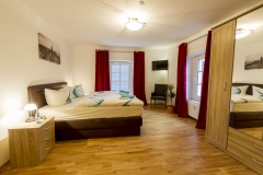 Schlafzimmer FeWo Hofblick